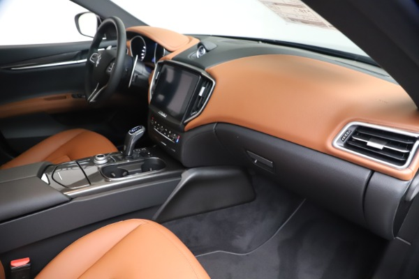 New 2020 Maserati Ghibli S Q4 for sale $87,285 at Pagani of Greenwich in Greenwich CT 06830 22
