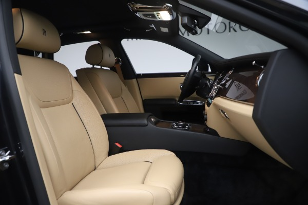 Used 2016 Rolls-Royce Ghost for sale $175,900 at Pagani of Greenwich in Greenwich CT 06830 16
