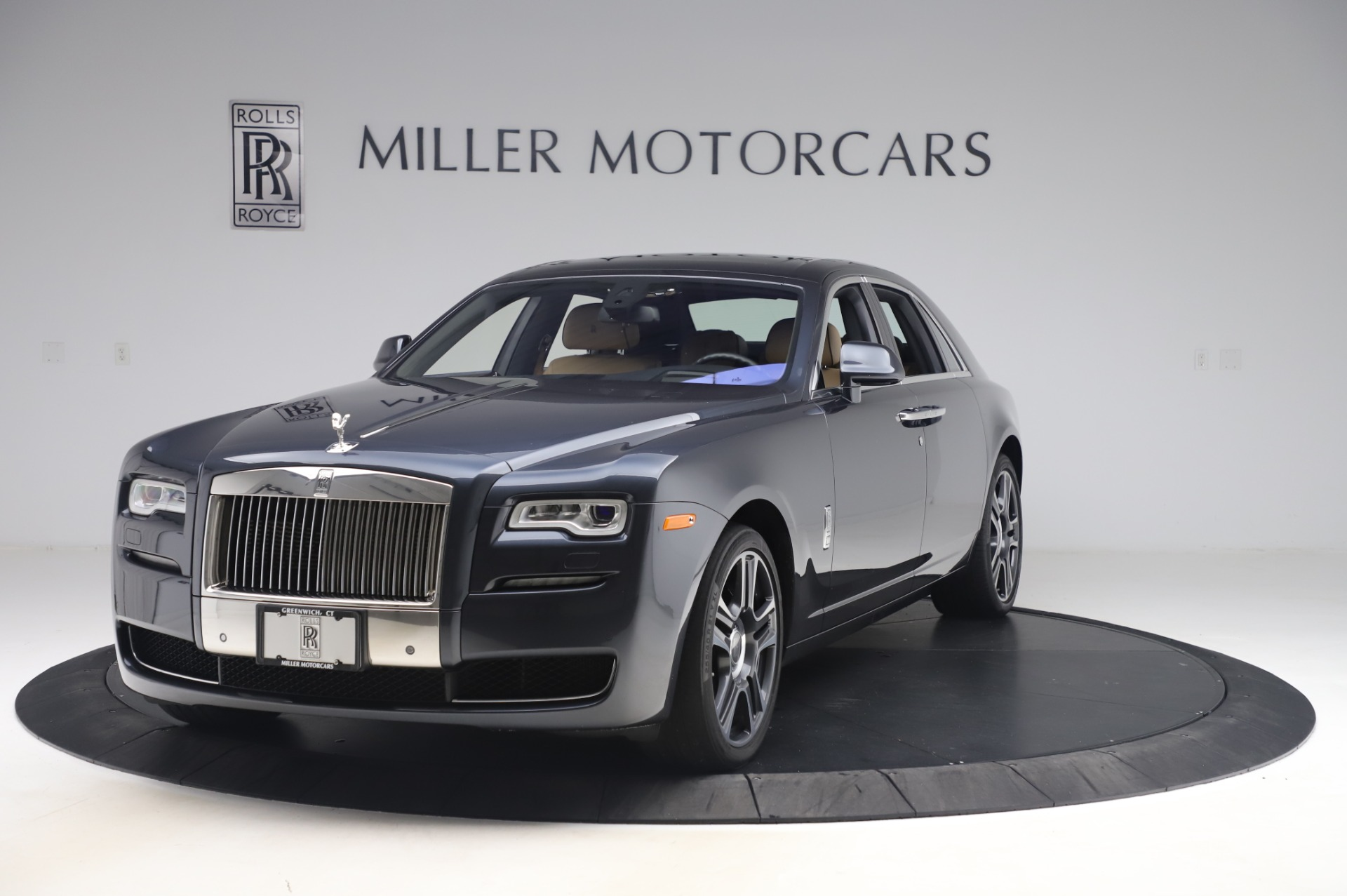 Used 2016 Rolls-Royce Ghost for sale $175,900 at Pagani of Greenwich in Greenwich CT 06830 1
