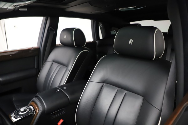 Used 2014 Rolls-Royce Phantom for sale $189,900 at Pagani of Greenwich in Greenwich CT 06830 12