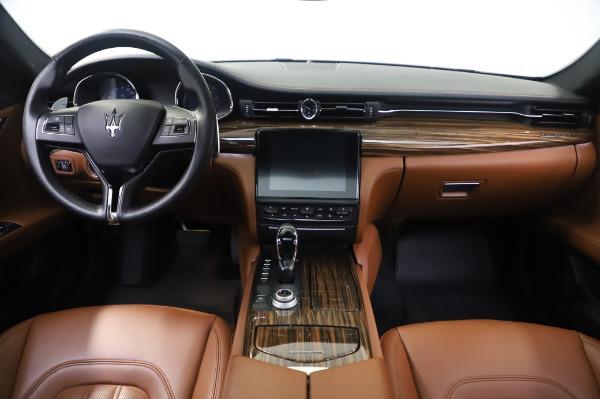 Used 2017 Maserati Quattroporte S Q4 GranLusso for sale Sold at Pagani of Greenwich in Greenwich CT 06830 16