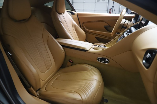 Used 2017 Aston Martin DB11 for sale $134,900 at Pagani of Greenwich in Greenwich CT 06830 20