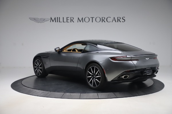 Used 2017 Aston Martin DB11 for sale $134,900 at Pagani of Greenwich in Greenwich CT 06830 4