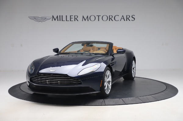Used 2019 Aston Martin DB11 Volante Convertible for sale $219,900 at Pagani of Greenwich in Greenwich CT 06830 12