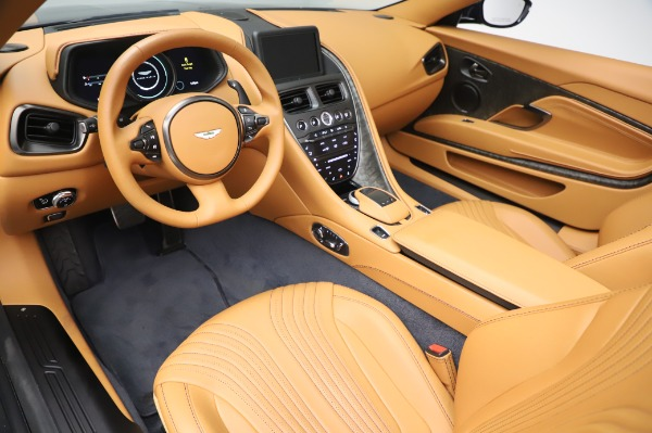 Used 2019 Aston Martin DB11 Volante Convertible for sale $219,900 at Pagani of Greenwich in Greenwich CT 06830 13