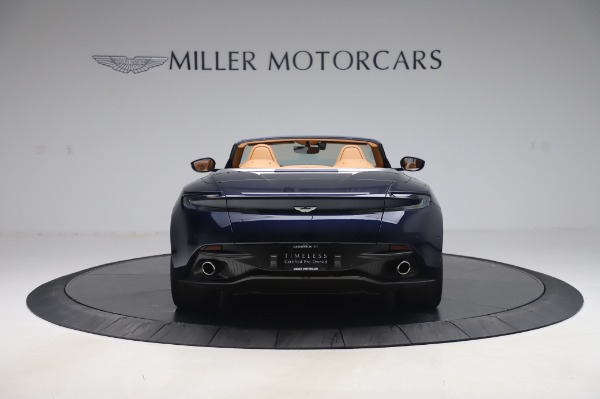 Used 2019 Aston Martin DB11 Volante Convertible for sale $219,900 at Pagani of Greenwich in Greenwich CT 06830 5