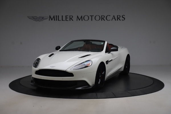 Used 2018 Aston Martin Vanquish S Volante for sale $179,900 at Pagani of Greenwich in Greenwich CT 06830 12