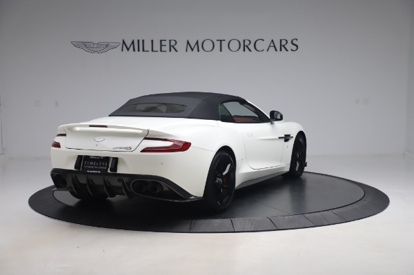 Used 2018 Aston Martin Vanquish S Volante for sale $179,900 at Pagani of Greenwich in Greenwich CT 06830 24