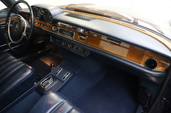 Used 1971 Mercedes-Benz 300 SEL 6.3 for sale $117,000 at Pagani of Greenwich in Greenwich CT 06830 22