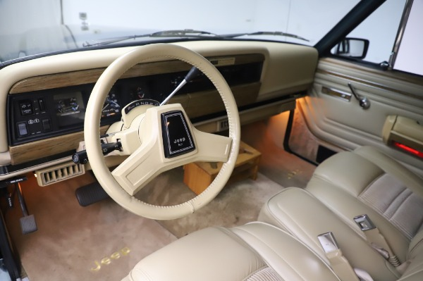 Used 1991 Jeep Grand Wagoneer for sale Call for price at Pagani of Greenwich in Greenwich CT 06830 12