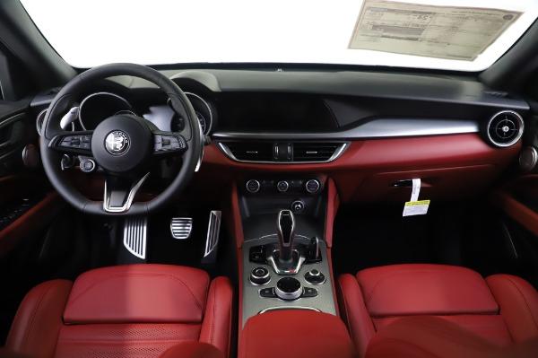 New 2020 Alfa Romeo Stelvio Ti Sport Q4 for sale $53,545 at Pagani of Greenwich in Greenwich CT 06830 16