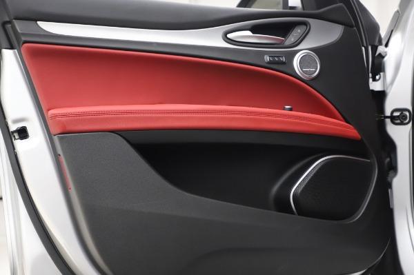 New 2020 Alfa Romeo Stelvio Ti Sport Q4 for sale $53,545 at Pagani of Greenwich in Greenwich CT 06830 17