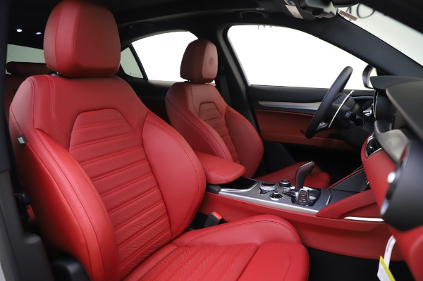 New 2020 Alfa Romeo Stelvio Ti Sport Q4 for sale $53,545 at Pagani of Greenwich in Greenwich CT 06830 21