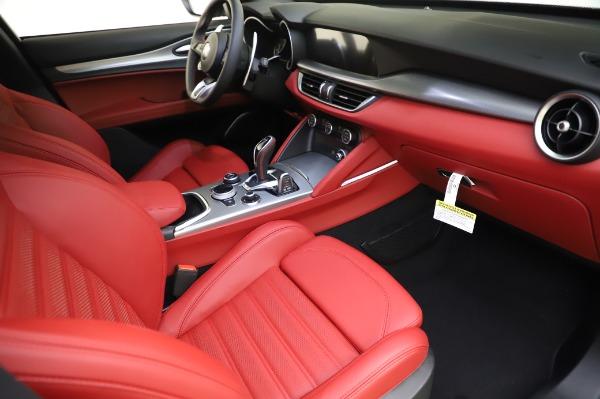 New 2020 Alfa Romeo Stelvio Ti Sport Q4 for sale $53,545 at Pagani of Greenwich in Greenwich CT 06830 23