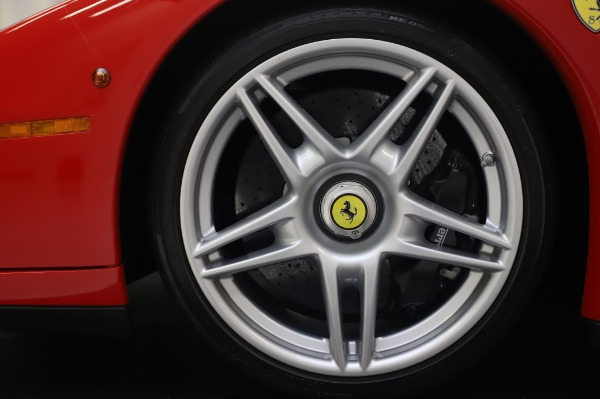 Used 2003 Ferrari Enzo for sale $2,995,000 at Pagani of Greenwich in Greenwich CT 06830 26