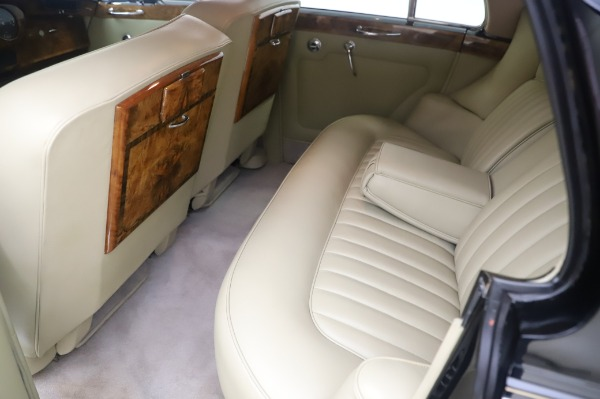 Used 1965 Rolls-Royce Silver Cloud III for sale $99,900 at Pagani of Greenwich in Greenwich CT 06830 19