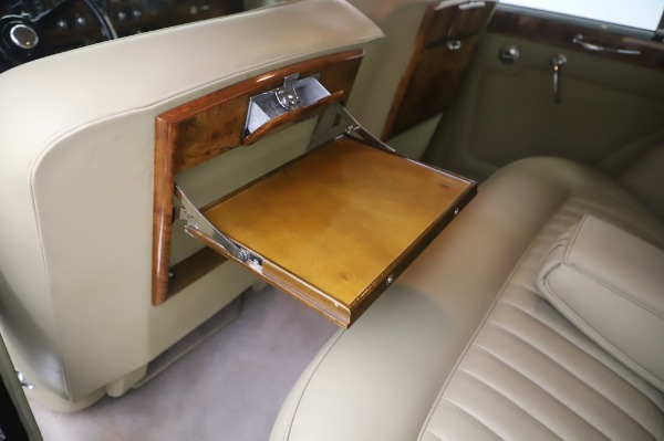 Used 1965 Rolls-Royce Silver Cloud III for sale $99,900 at Pagani of Greenwich in Greenwich CT 06830 20