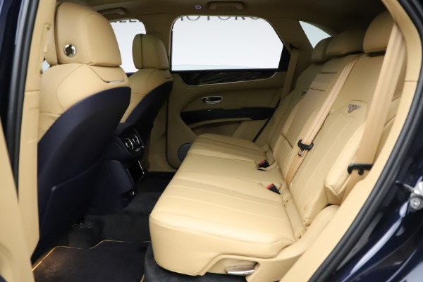 New 2021 Bentley Bentayga V8 for sale Sold at Pagani of Greenwich in Greenwich CT 06830 21