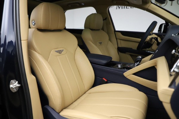 New 2021 Bentley Bentayga V8 for sale Sold at Pagani of Greenwich in Greenwich CT 06830 26