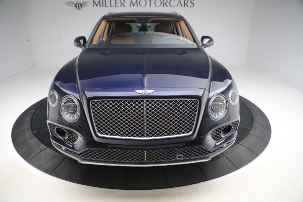 Used 2018 Bentley Bentayga W12 Signature Edition for sale $159,900 at Pagani of Greenwich in Greenwich CT 06830 13