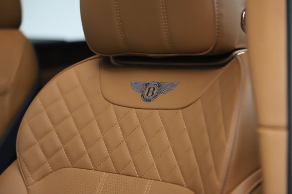 Used 2018 Bentley Bentayga W12 Signature Edition for sale $159,900 at Pagani of Greenwich in Greenwich CT 06830 17