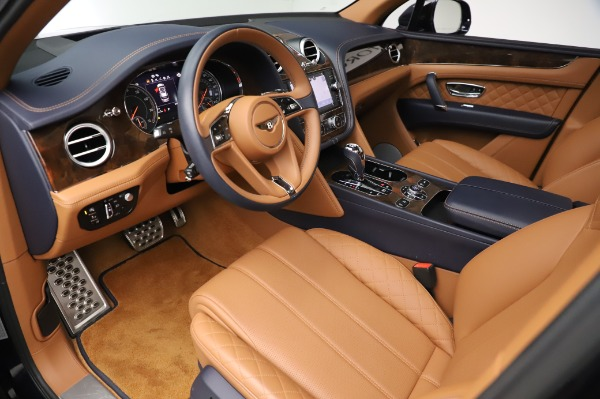 Used 2018 Bentley Bentayga W12 Signature Edition for sale $159,900 at Pagani of Greenwich in Greenwich CT 06830 19