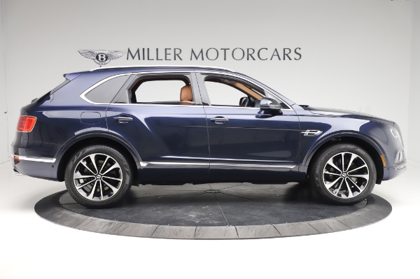 Used 2018 Bentley Bentayga W12 Signature Edition for sale $159,900 at Pagani of Greenwich in Greenwich CT 06830 9