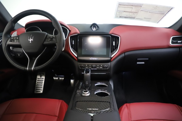 New 2020 Maserati Ghibli S Q4 GranSport for sale $93,285 at Pagani of Greenwich in Greenwich CT 06830 28