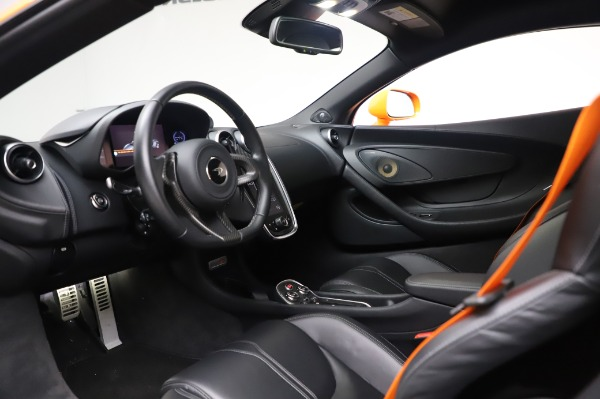 Used 2017 McLaren 570S Coupe for sale $149,900 at Pagani of Greenwich in Greenwich CT 06830 16