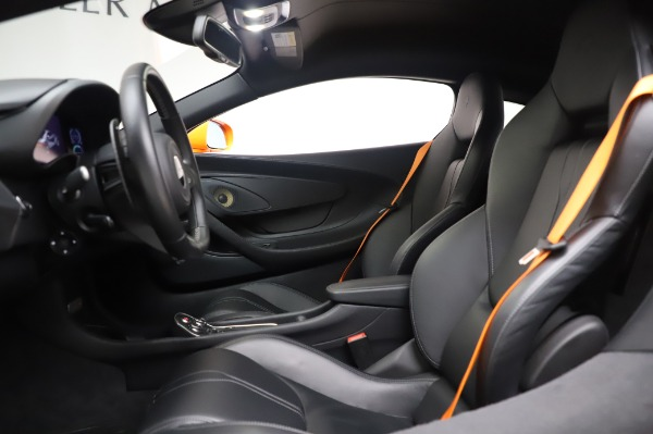 Used 2017 McLaren 570S Coupe for sale $149,900 at Pagani of Greenwich in Greenwich CT 06830 17