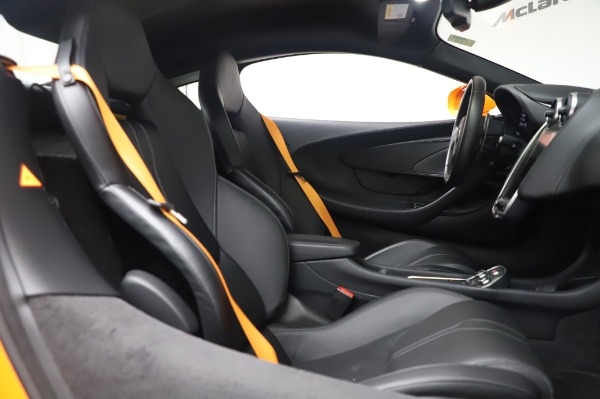 Used 2017 McLaren 570S Coupe for sale $149,900 at Pagani of Greenwich in Greenwich CT 06830 21