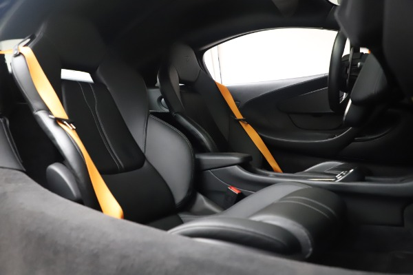 Used 2017 McLaren 570S Coupe for sale $149,900 at Pagani of Greenwich in Greenwich CT 06830 22