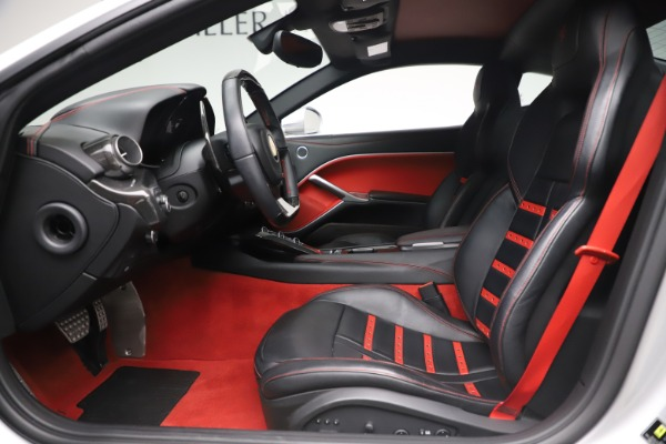 Used 2015 Ferrari F12 Berlinetta for sale $235,900 at Pagani of Greenwich in Greenwich CT 06830 14