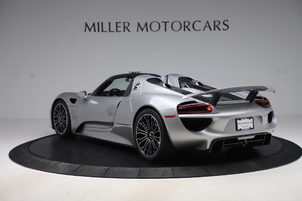 Used 2015 Porsche 918 Spyder for sale $1,355,900 at Pagani of Greenwich in Greenwich CT 06830 5