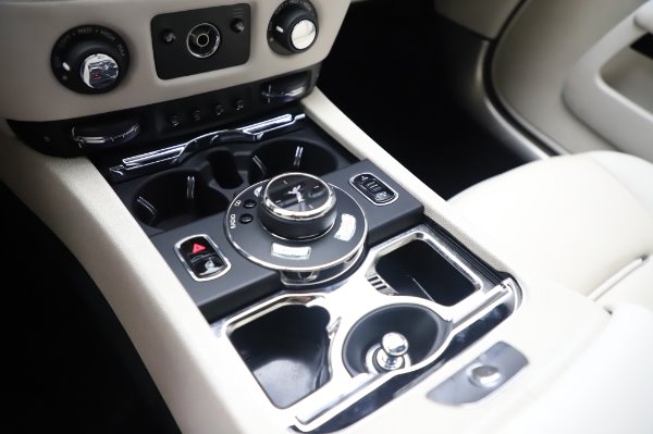 Used 2015 Rolls-Royce Wraith Base for sale $168,900 at Pagani of Greenwich in Greenwich CT 06830 20