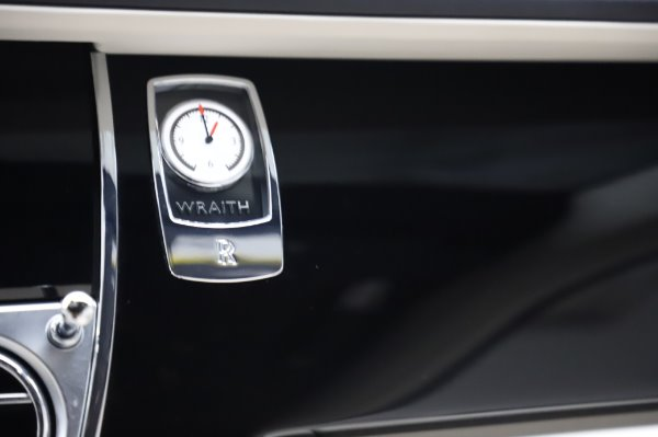 Used 2015 Rolls-Royce Wraith Base for sale $168,900 at Pagani of Greenwich in Greenwich CT 06830 23