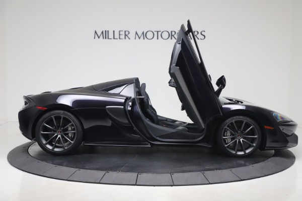 Used 2019 McLaren 570S Spider for sale Call for price at Pagani of Greenwich in Greenwich CT 06830 23