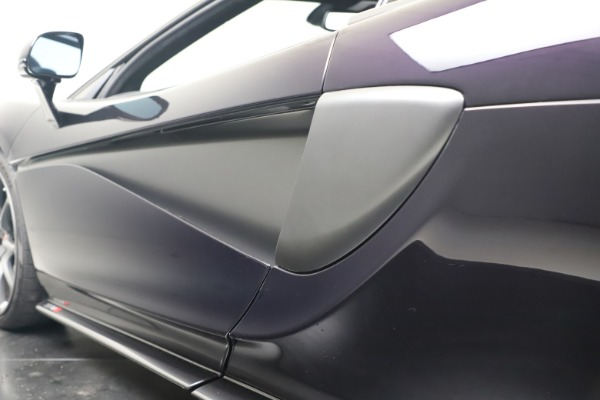 Used 2019 McLaren 570S Spider for sale $186,900 at Pagani of Greenwich in Greenwich CT 06830 26