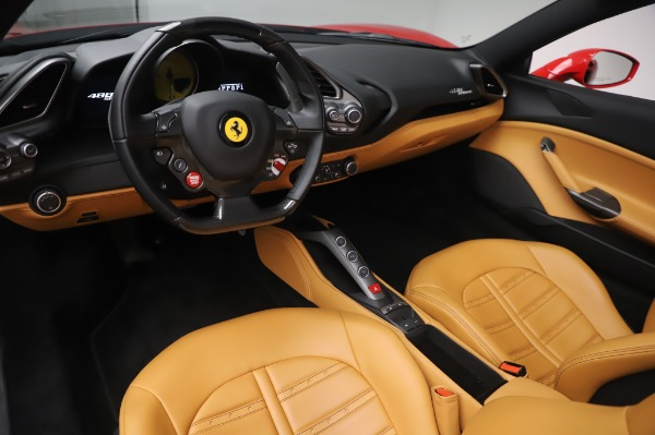 Used 2018 Ferrari 488 Spider Base for sale $289,900 at Pagani of Greenwich in Greenwich CT 06830 17