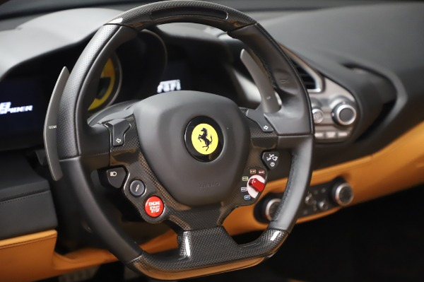 Used 2018 Ferrari 488 Spider Base for sale $289,900 at Pagani of Greenwich in Greenwich CT 06830 27
