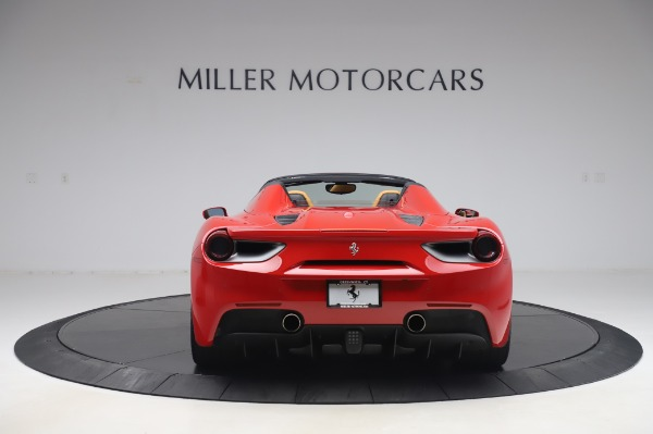 Used 2018 Ferrari 488 Spider Base for sale $289,900 at Pagani of Greenwich in Greenwich CT 06830 6