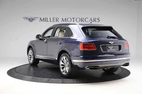 Used 2017 Bentley Bentayga W12 for sale $139,900 at Pagani of Greenwich in Greenwich CT 06830 5