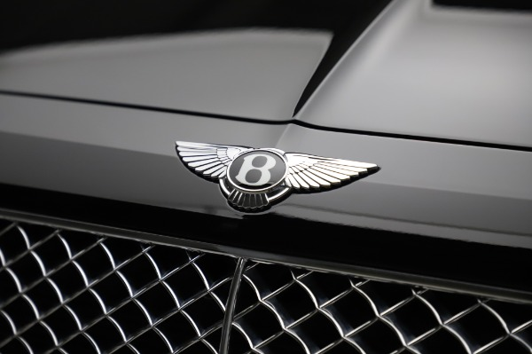 Used 2018 Bentley Bentayga Activity Edition for sale $155,900 at Pagani of Greenwich in Greenwich CT 06830 14