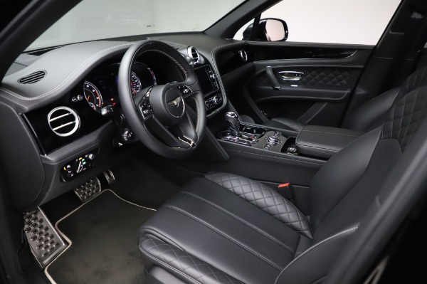 Used 2018 Bentley Bentayga Activity Edition for sale $155,900 at Pagani of Greenwich in Greenwich CT 06830 18