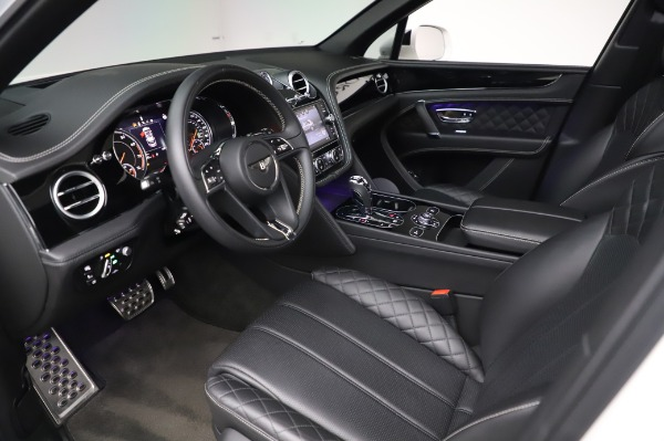 Used 2018 Bentley Bentayga Black Edition for sale Call for price at Pagani of Greenwich in Greenwich CT 06830 19