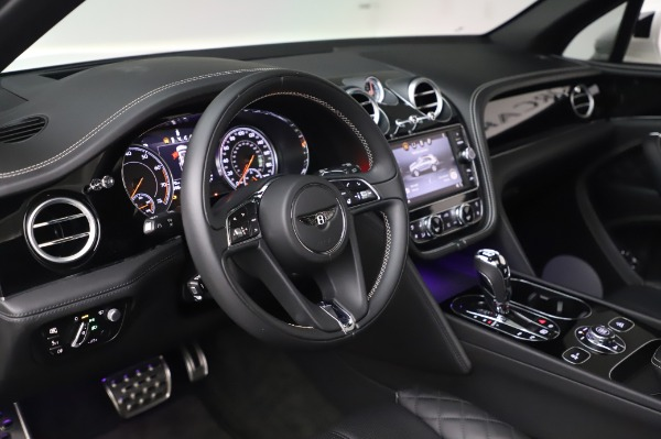 Used 2018 Bentley Bentayga Black Edition for sale Call for price at Pagani of Greenwich in Greenwich CT 06830 23