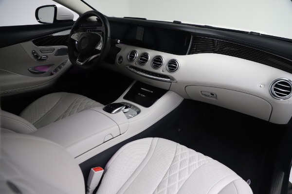 Used 2015 Mercedes-Benz S-Class S 550 4MATIC for sale Sold at Pagani of Greenwich in Greenwich CT 06830 19