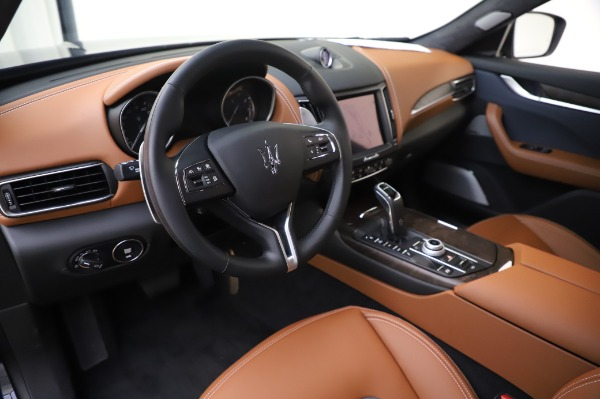 New 2020 Maserati Levante Q4 GranLusso for sale $88,635 at Pagani of Greenwich in Greenwich CT 06830 13