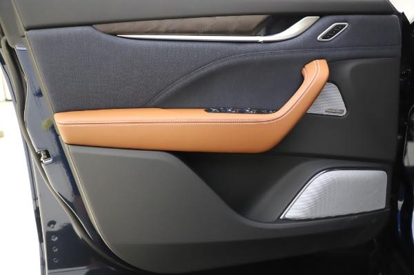 New 2020 Maserati Levante Q4 GranLusso for sale $88,635 at Pagani of Greenwich in Greenwich CT 06830 17