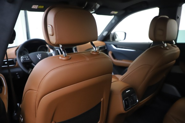 New 2020 Maserati Levante Q4 GranLusso for sale $88,635 at Pagani of Greenwich in Greenwich CT 06830 20